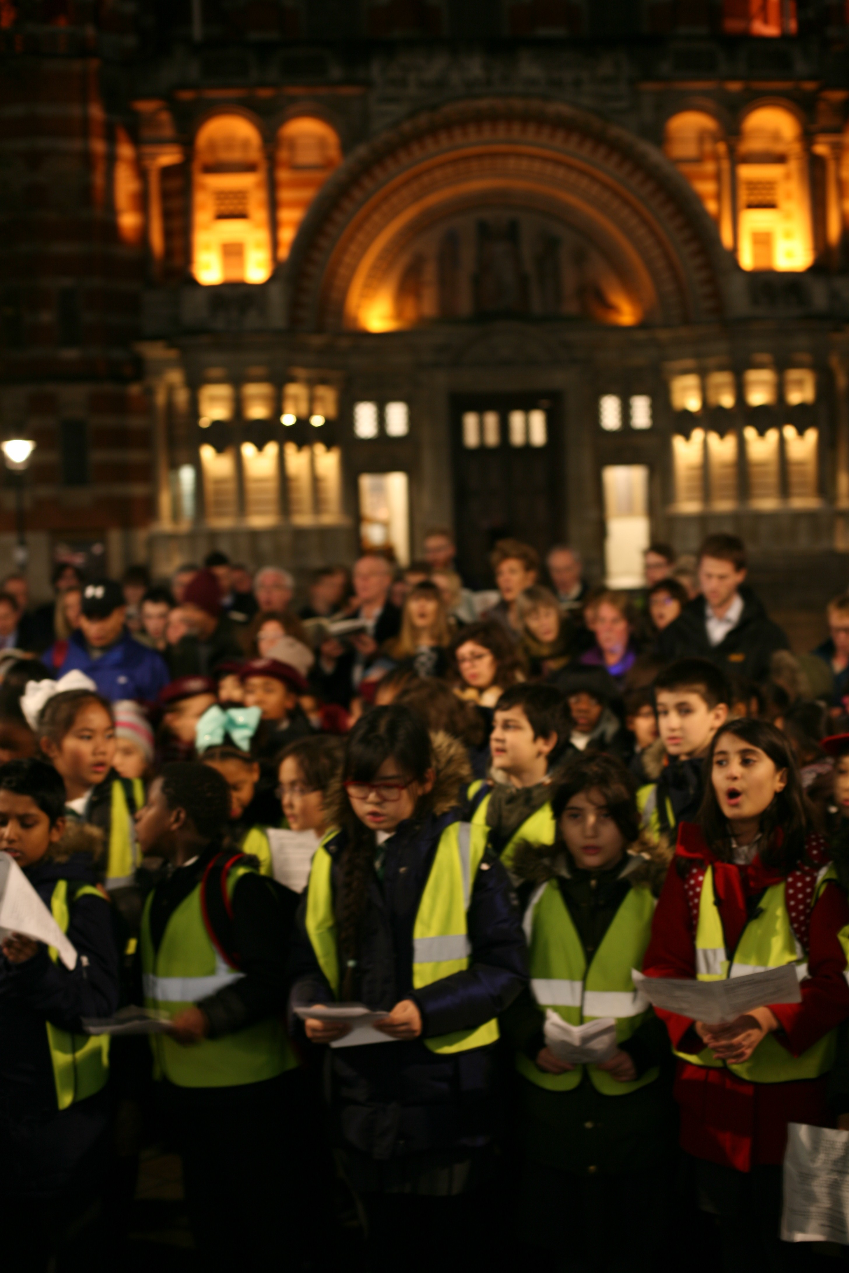 Outreach Children Sing Carols On Westminster Cathedral Piazza The Bach Choir The Uk S Finest Independent Choir Based In London